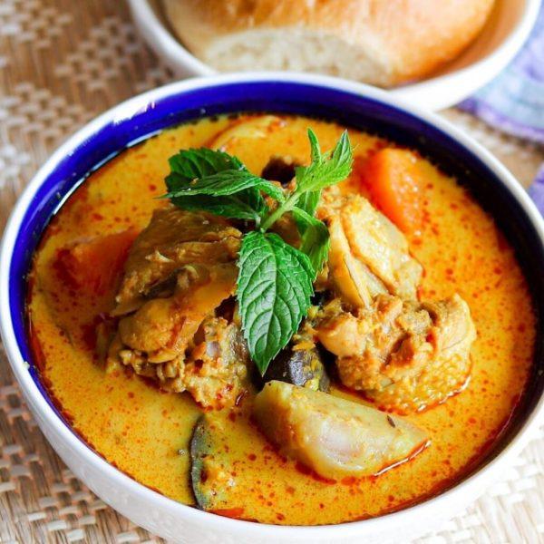 C1. Red Chicken Curry